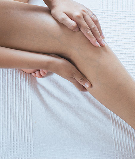 Dry needle acupuncture for knee pain can help this Jacksonville woman get relief.